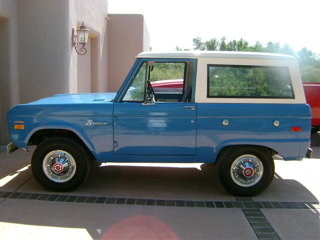 Blue Stock Classic Ford Bronco