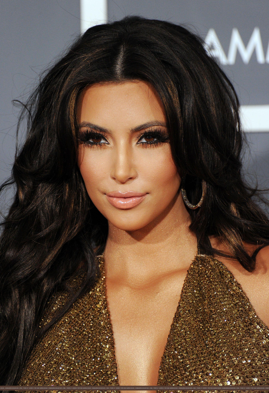gold eye makeup kim kardashian Hair beauty, Kim