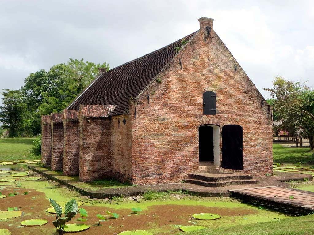 Powder House House styles, House, Suriname