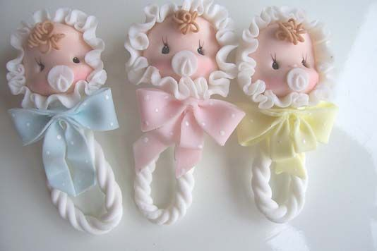 Souvenir baby shower en porcelana fria - Imagui