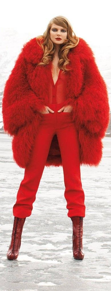 Eniko Mihalik - red couture - 2011. Red is my favorite color and my obsession with oversized things. 9/10/14