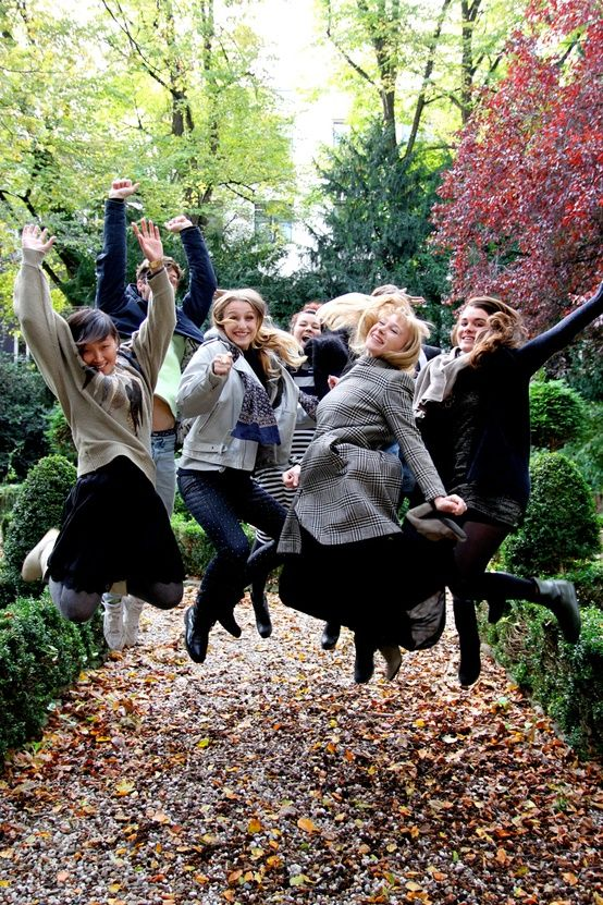 Friends, Fashion & Fall. What can be any better?!?!