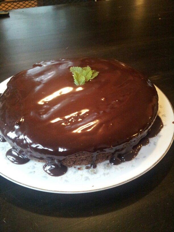 Mint dark chocolate cake