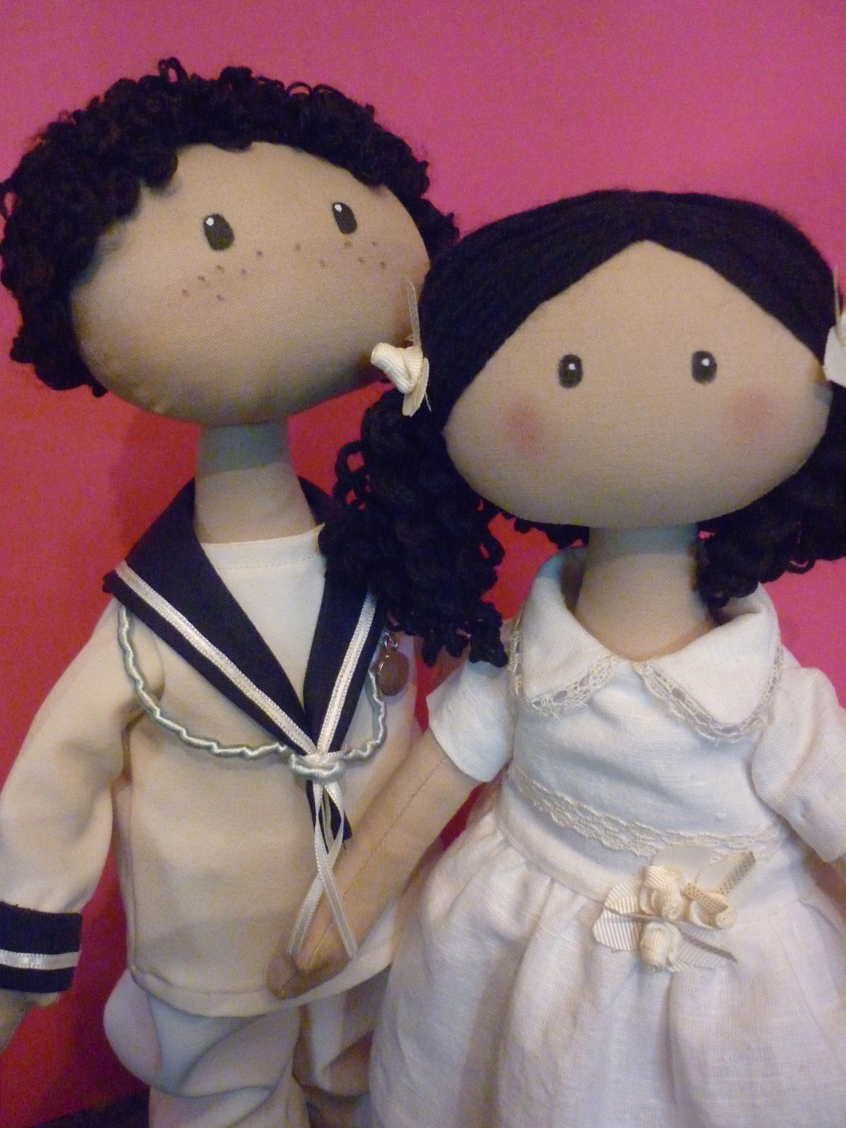 muñeca de trapo, Parejita de niños de comunión , en tela , hecho a mano.