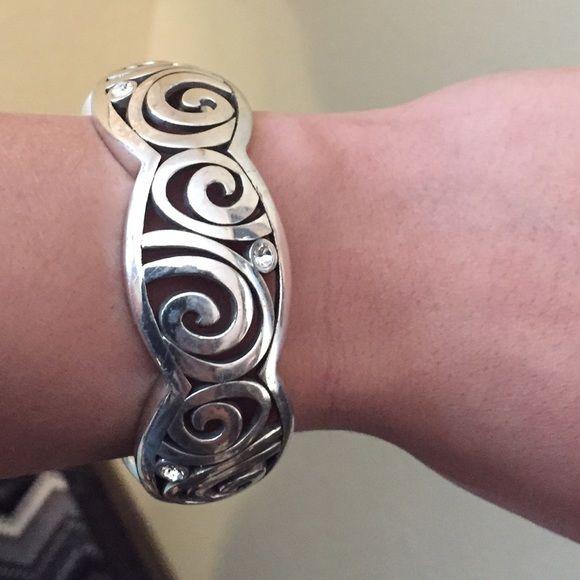 Brighton Swarovski Crystal Hinged Bracelet Silver. Great used condition. Only worn a few times. Brighton Jewelry Bracelets