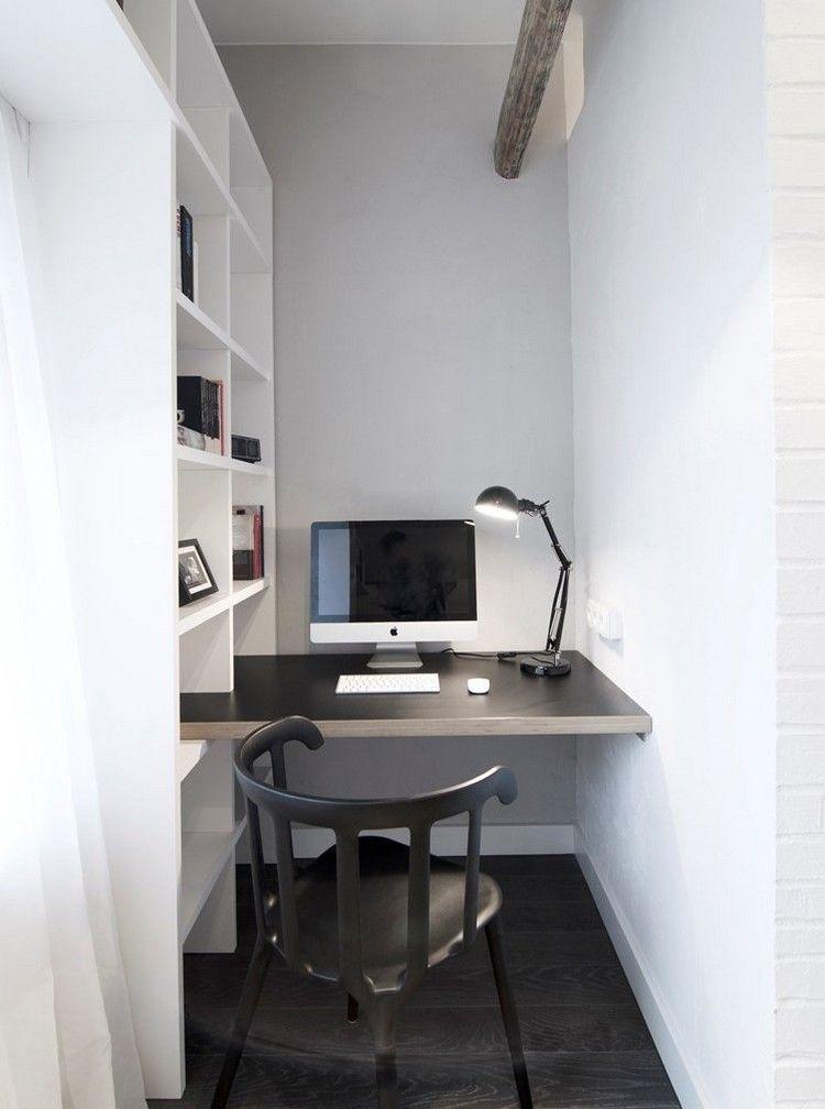 Kleiner Schreibtisch Und Stuhl In Schwarz Regalsystem Als Raumteiler Schreibtisch Im Schlafzimmer Wohnzimmer Dekor Modern Buroraumgestaltung