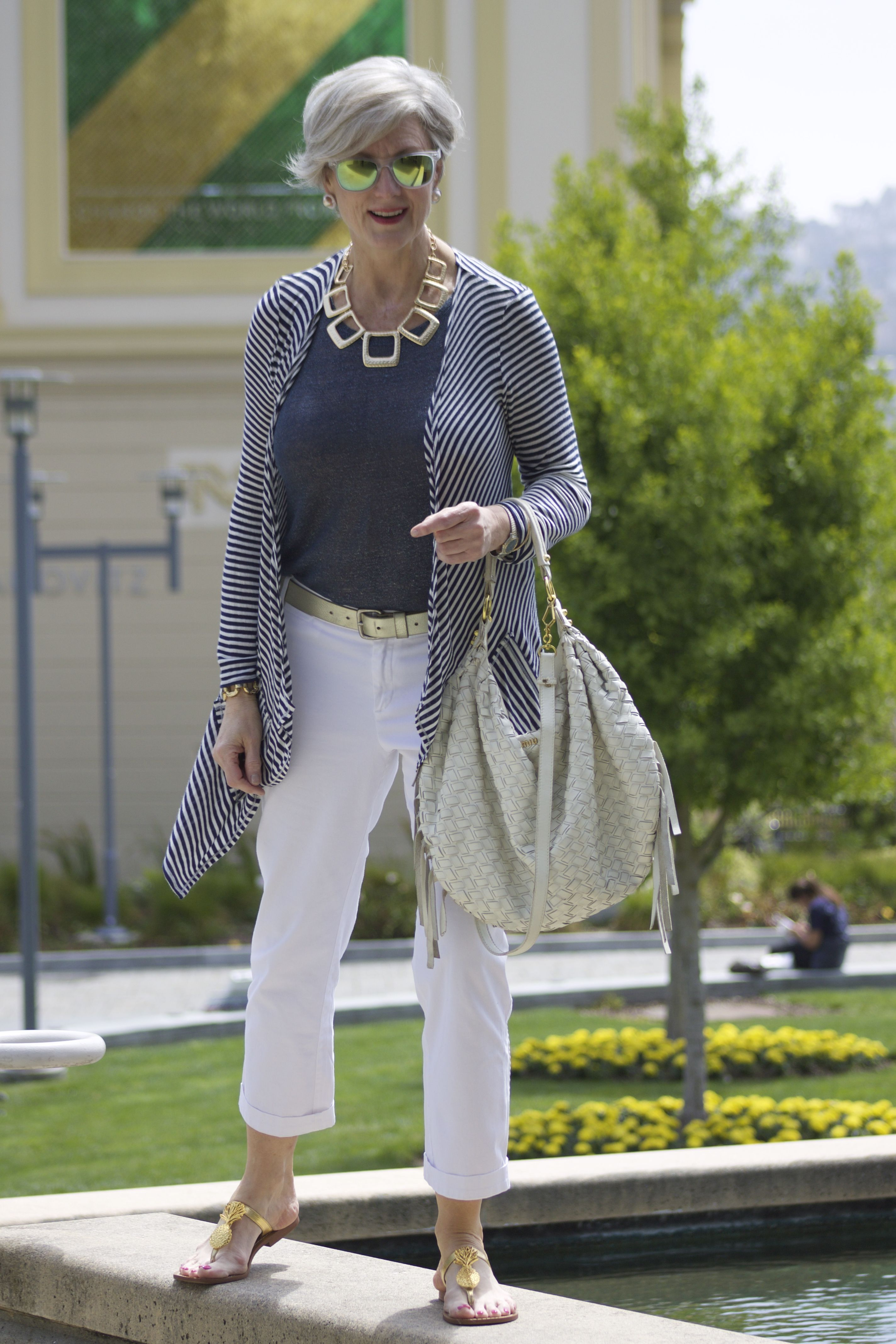 Signs Of Summer Style At A Certain Age 60 Fashion Over 50 Womens Fashion Fashion Over 50 [ 4272 x 2848 Pixel ]