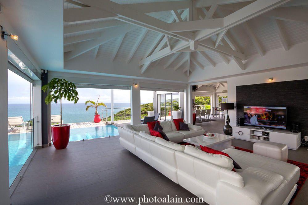 Location villa de luxe vue mer - Salon salle à manger Maison