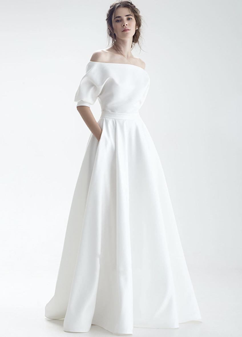 Elegantes Satinbrautkleid Mit Carmenausschnitt Und Armeln Hochzeitskleid Gurtel Hochzeitskleid Taschen Kleid Hochzeit