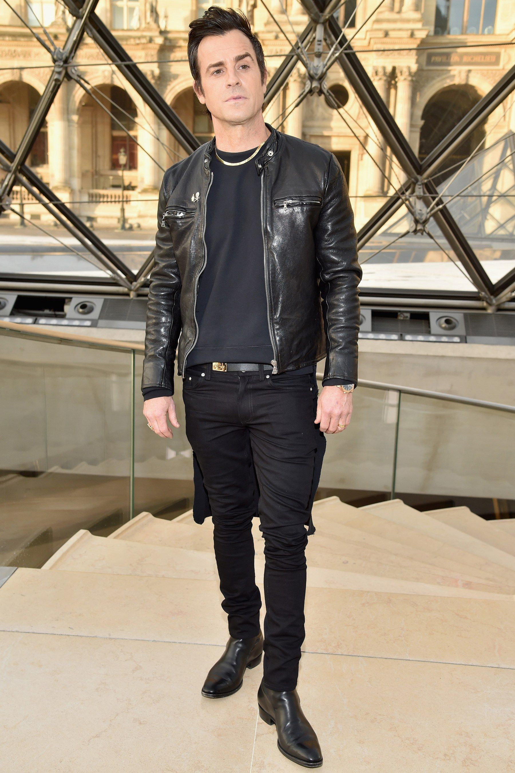 The Justin Theroux Look Book Gq Justin Theroux Leather Jacket Cargo Jacket Mens [ 2700 x 1800 Pixel ]