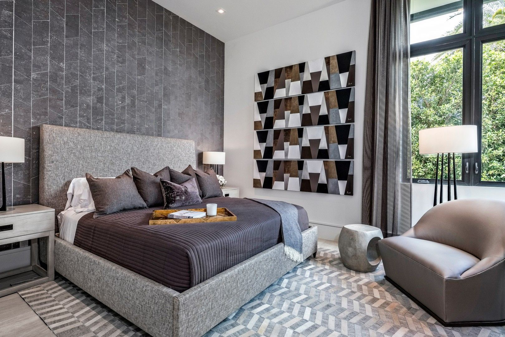 The color scheme in this bedroom makes for a bold look and a relaxing environment.  #BedroomDesign #PalmBeachPoloClub #WellingtonFL #InteriorDesign #TheDecoratorsUnlimited #LuxuryLiving #JasonLynn