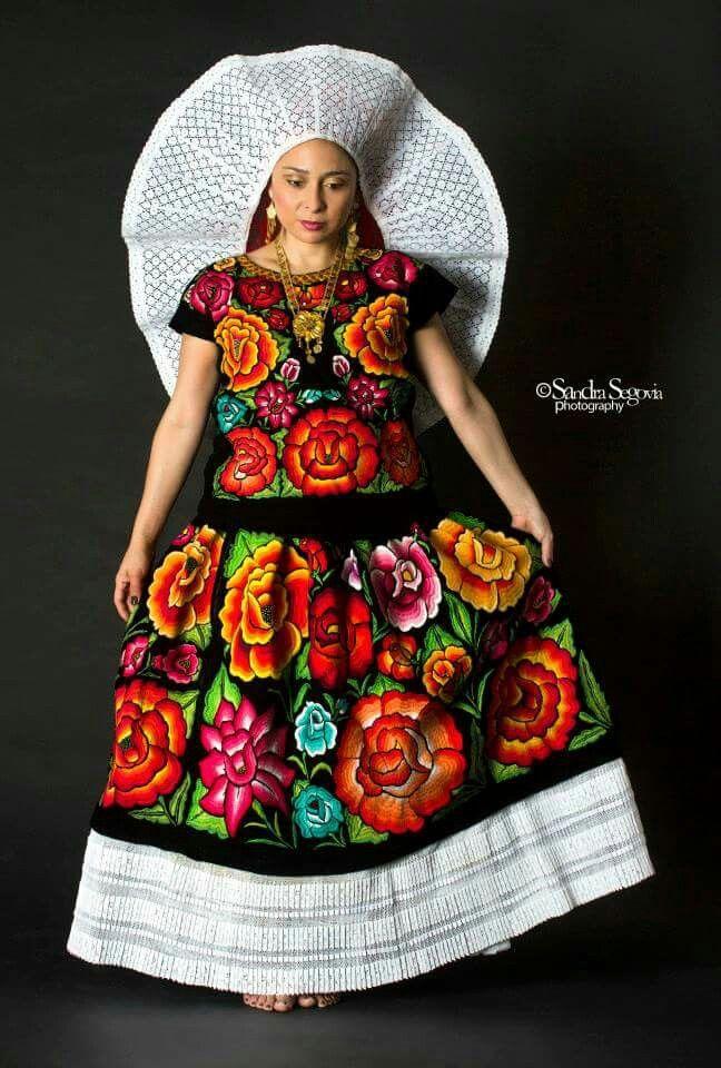 Tehuana En 2019 Vestidos De Tehuana Traje De Tehuana Y