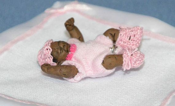 Sensational Dollhouse Miniature Baby 1 12Th Scale Newborn Black Download Free Architecture Designs Viewormadebymaigaardcom