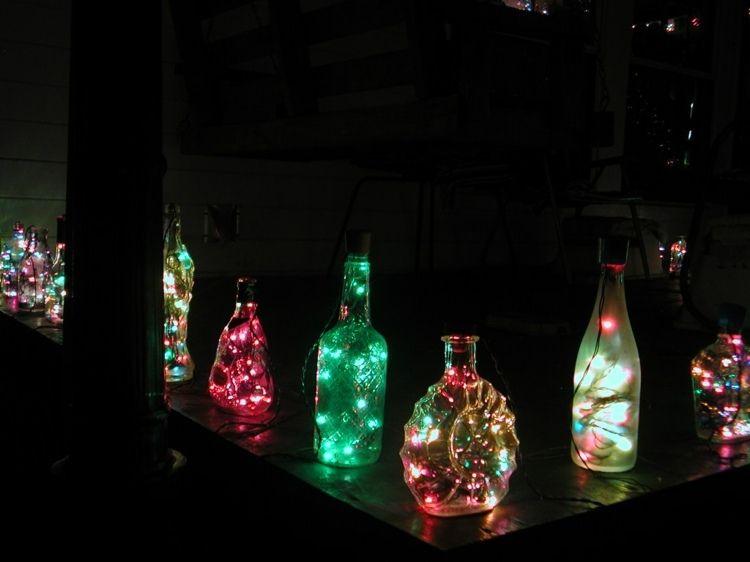 idee f r die outdoor beleuchtung aus alten flaschen und lichterketten diy und selbermachen. Black Bedroom Furniture Sets. Home Design Ideas