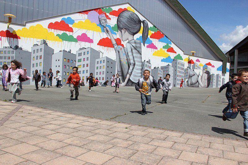 El artista callejero francés Julien Malland, más conocido como Seth Globepainter, viaja por todo el mundo creando murales de gran formato, que utilizan las paredes de las calles como lienzo.