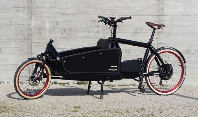 Bullit Cargo Bike With Front Suspension Integrated Lighting Blacked Out Bionx Assist Lastenfahrrad Bullitt Bike Bullitt Lastenrad