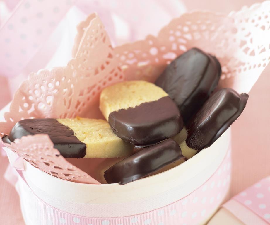 Orange chocolate shortbread fingers Recipe Chocolate