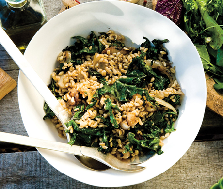 Wheat Berries with Charred Onions and Kale Recipe  | Epicurious.com