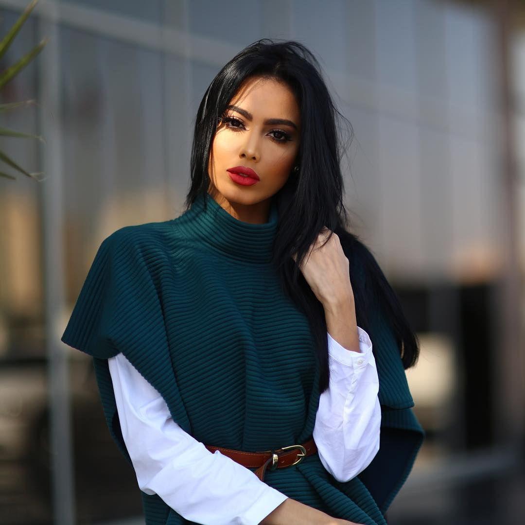 Fatima Almomen فاطمه المؤمن On Instagram Wearing Trends By S Arabian Beauty Women Arab Beauty Arabian Beauty
