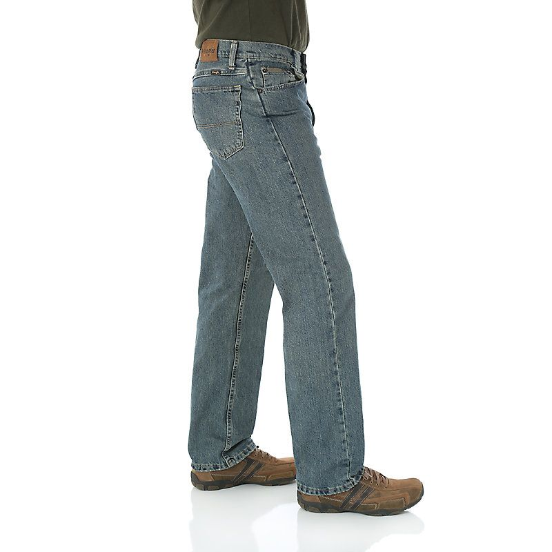 Mens relaxed fit jean mens jeans by wrangler