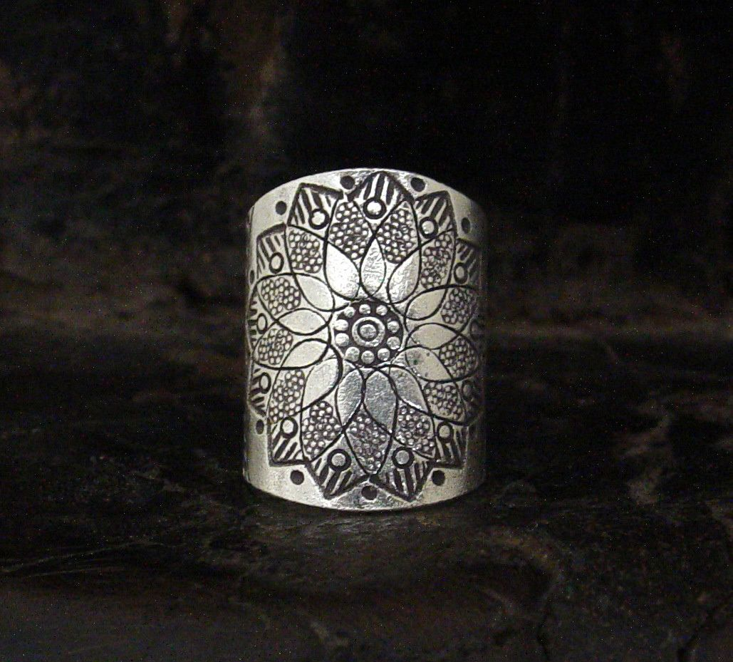 Lotus Flower Cuff Ring Cuff rings, Lotus flower, How to