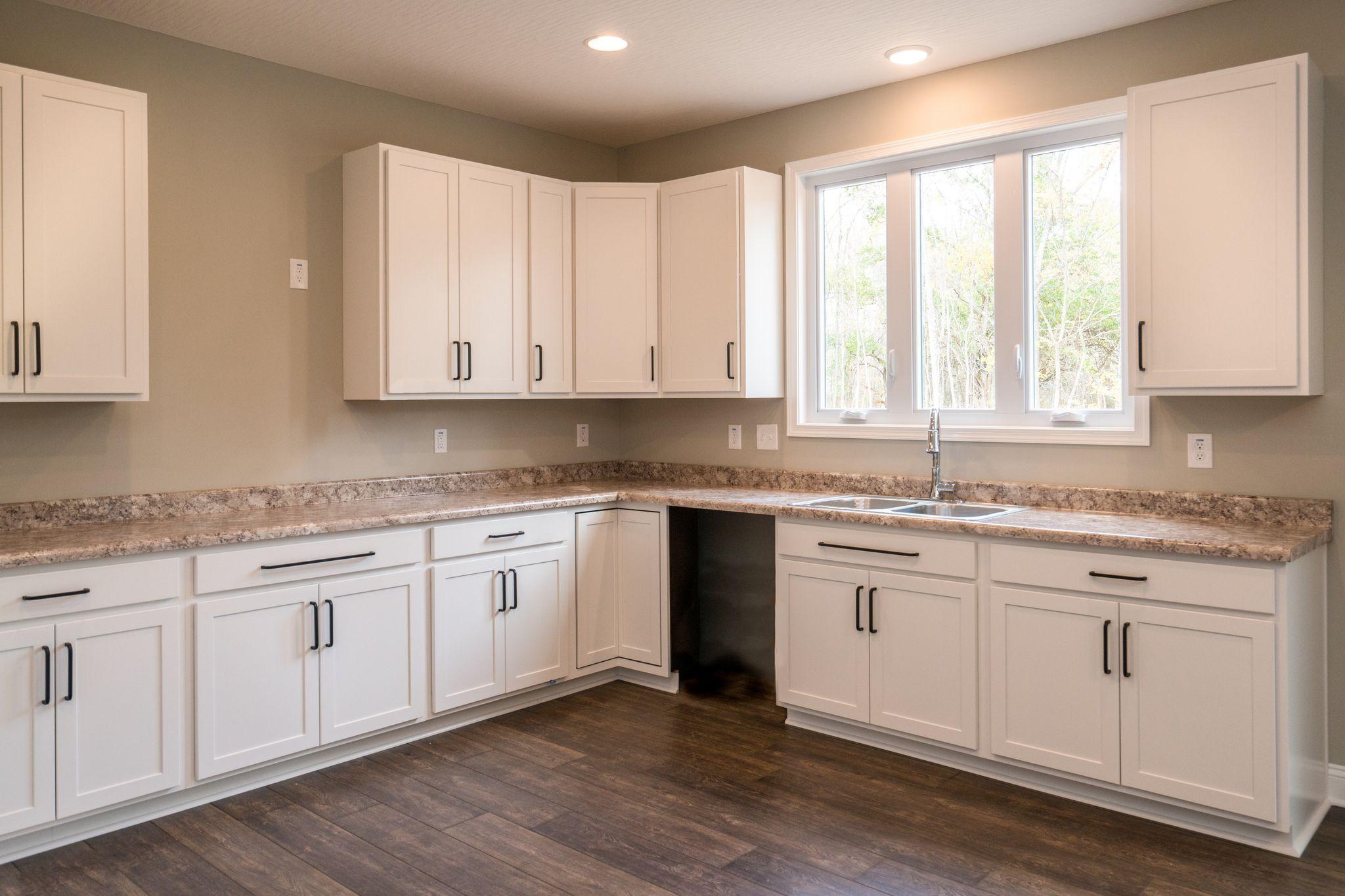 Charleston Classic in 2020 | Kitchen, Kitchen cabinets ...