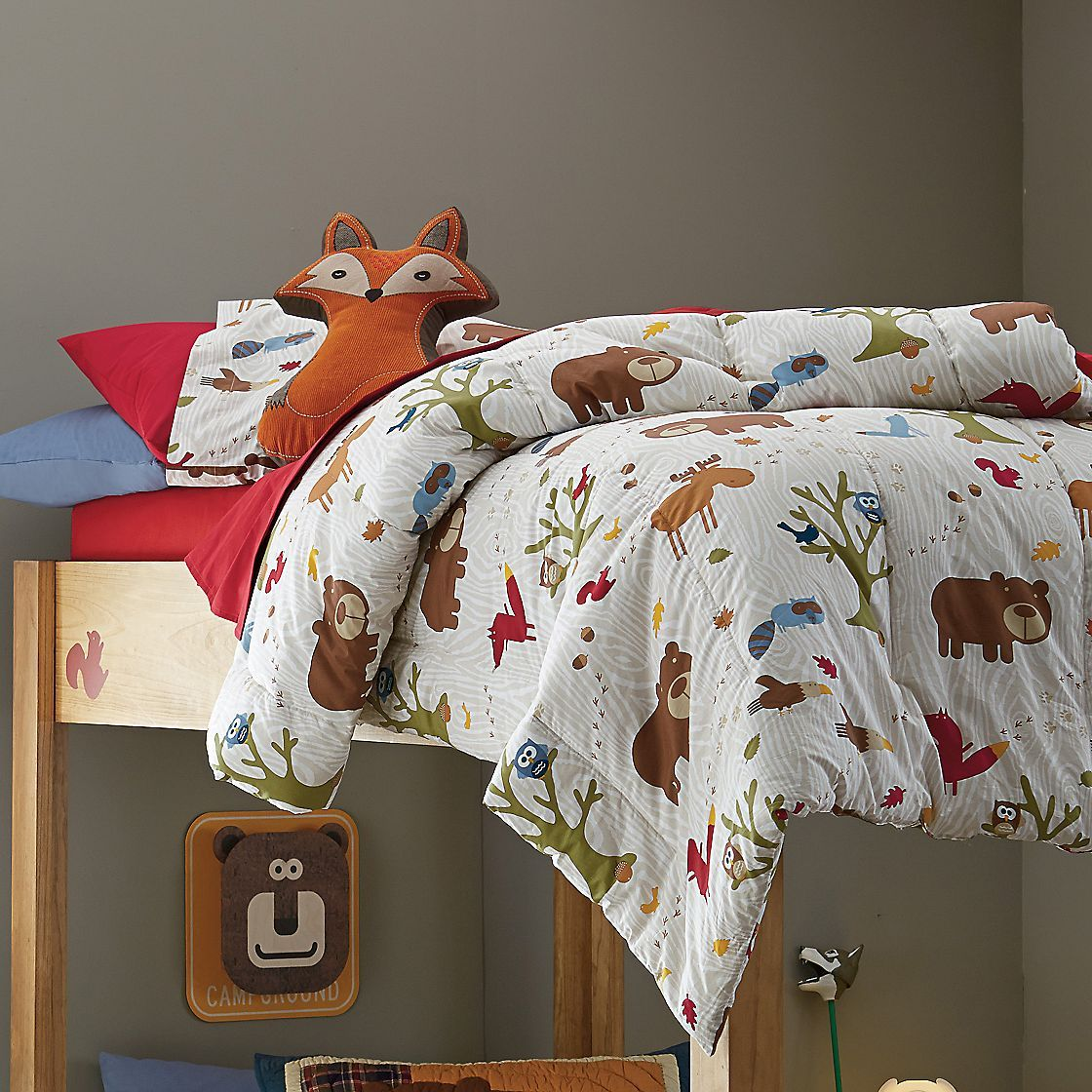 Amelia S Room Toddler Bedroom: Covered In Adorable Woodland Creatures, This Cozy Kids