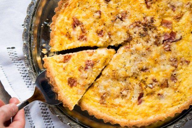 Gluten Free & Keto Quiche Lorraine ? with a super flakey grain free pie crust! #keto #glutenfree #healthyrecipes #l… | Keto quiche. Breakfast ...