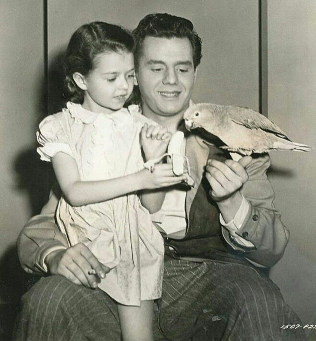 Desi Arnaz & young co star in Cuban Pete