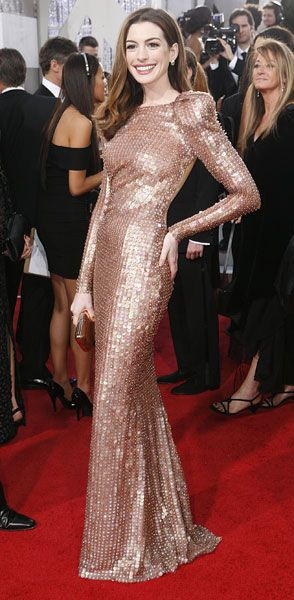 Anne Hathaway in Giorgio Armani Prive at the 2011 Golden Globes