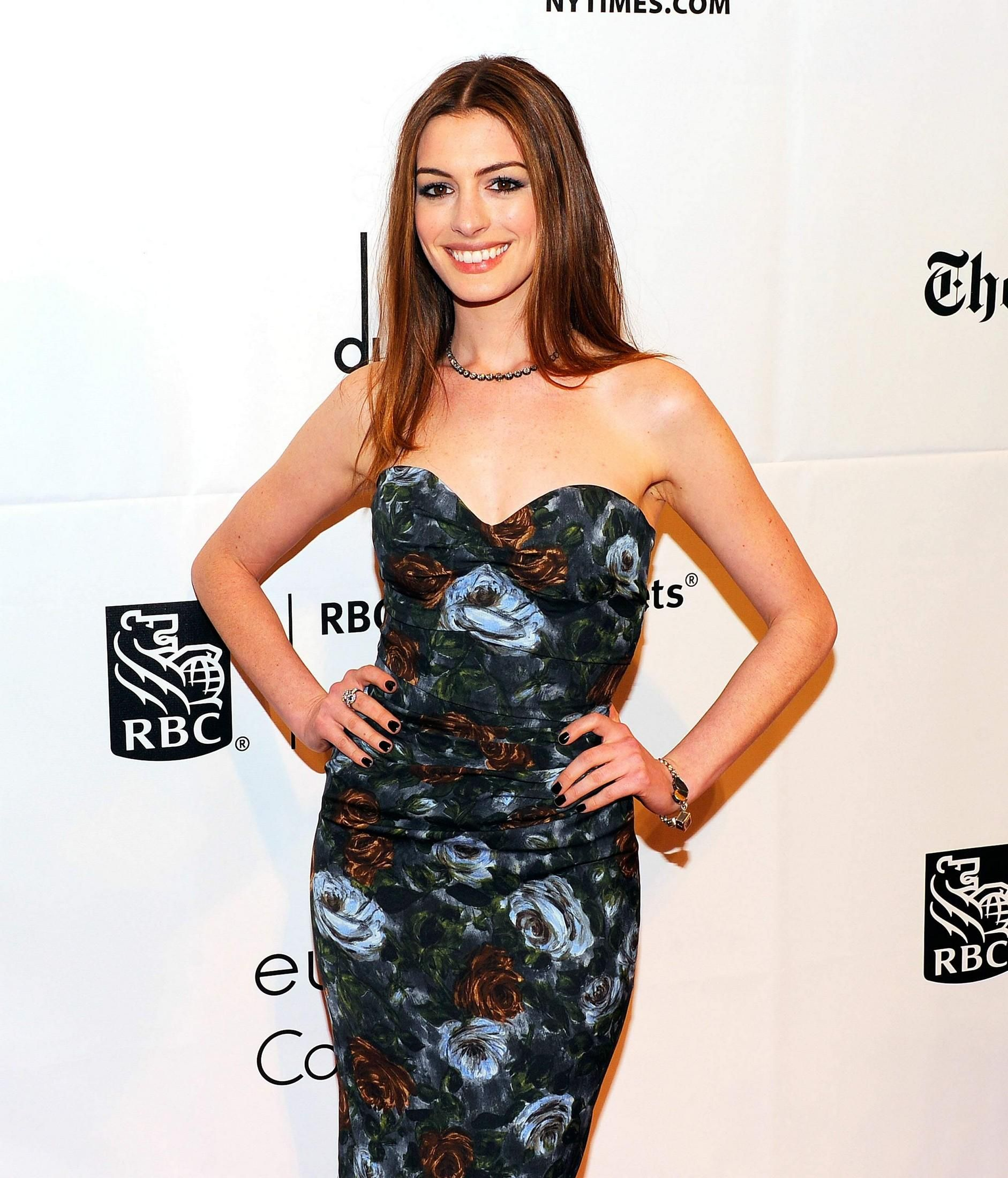 e4bf0802bc93 Anne Hathaway Film Awards, Hello Beautiful, Strapless Dress Formal, Formal  Dresses, Gotham