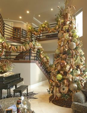 Cheerful And Festive Christmas Color Schemes Decorazilla Design