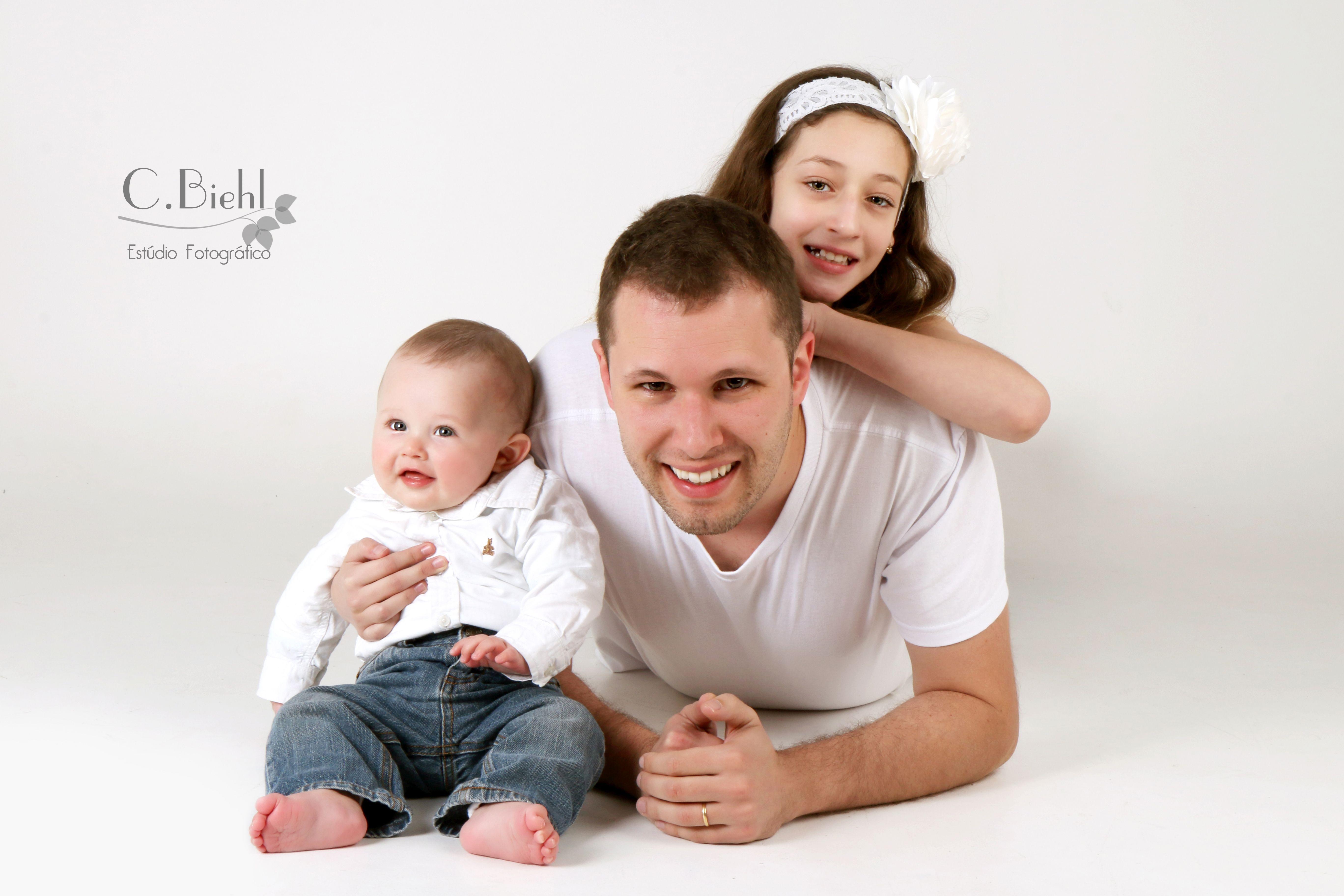 C.Biehl Fotografando: Ensaio Papai e Eu - father's day photoshoot, dia dos pais, book dia dos pais, ensaio papai e eu, daddy and baby, dad, father's day, photoshoot, ensaio fotográfico, fotografia, book de família, ensaio de família, family www.cbiehl.com.br