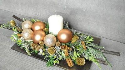 Stroik Bozenarodzeniowy Swiateczny Dekoracja Stol Christmas Arrangements Christmas Decorations Christmas Deco