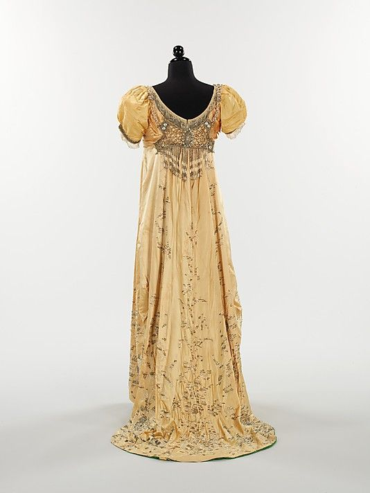 Regency inspired evening dress,  House of Drécoll, 1910.