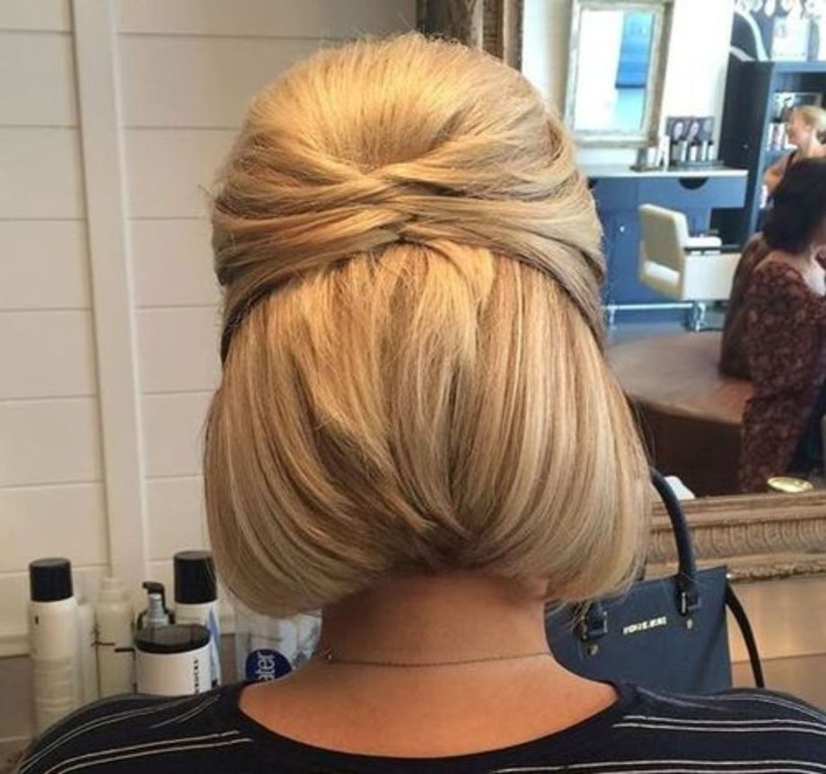 50 Half Updos For Your Perfect Everyday And Party Looks With Images Short Hair Updo Bob Updo Hairstyles Short Hair Up