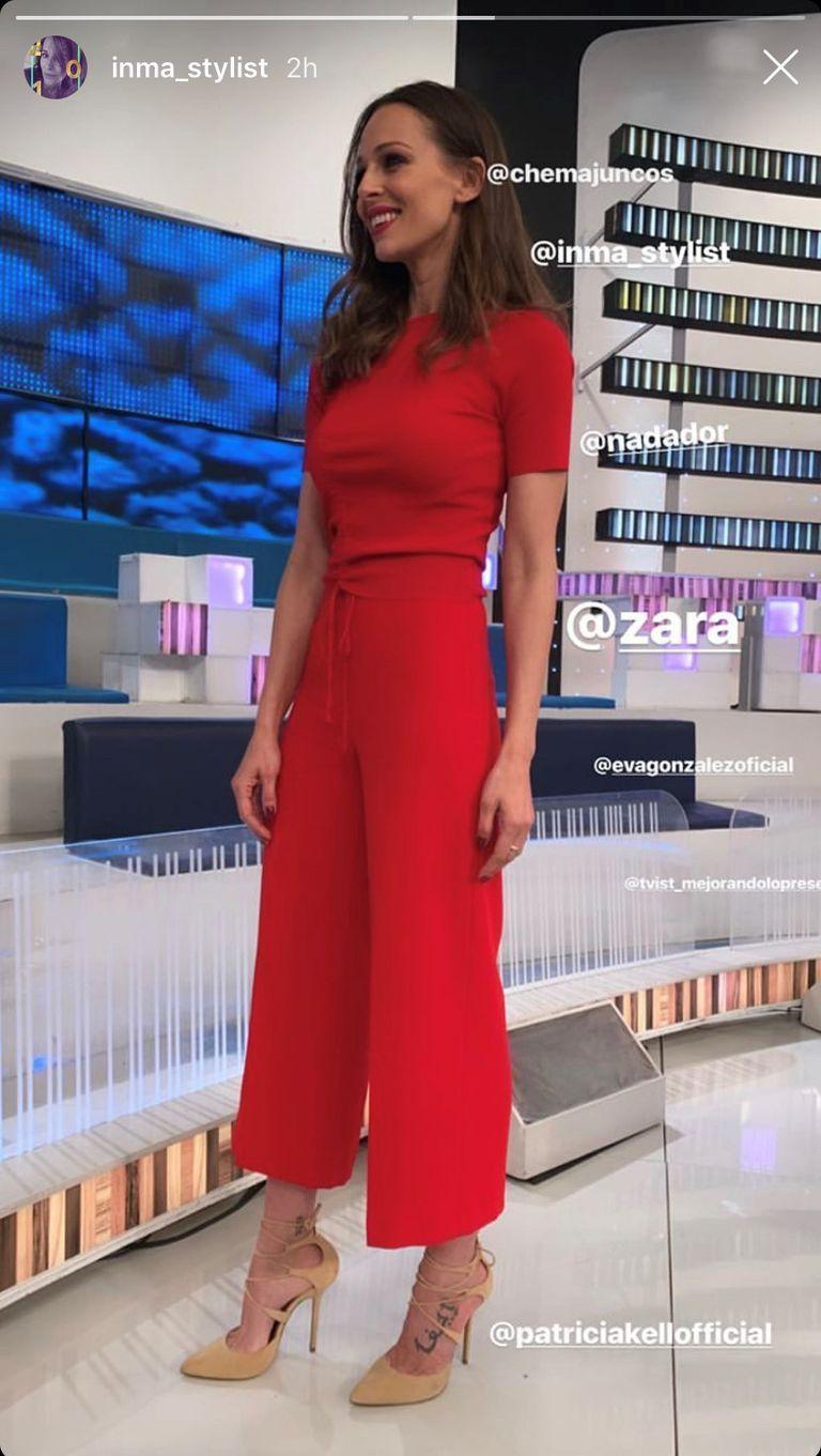 118f95451 El conjunto rojo de Zara que ha llevado Eva González, se lo ha ...