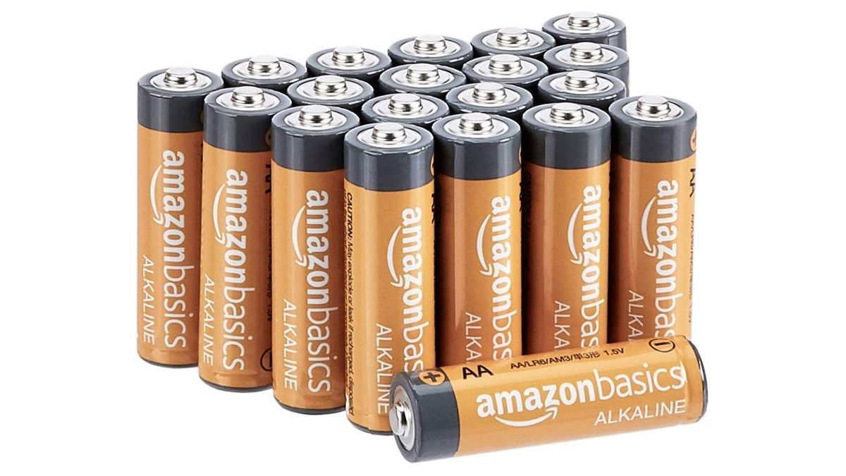 Geek Daily Deals January 15 2019 20 Pack Of Amazon Basics Alkaline Aa Batteries For Just 7 Today Amazon Daily Deals Batteries Daily Deals