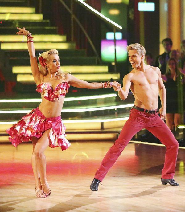 Derek Hough Amp Kellie Pickler Dancing With The Stars