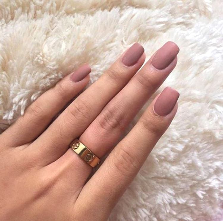 10 Elegant Rose Gold Nail Designs: 10 Elegant Rose Gold Nail Designs That You Should Try In