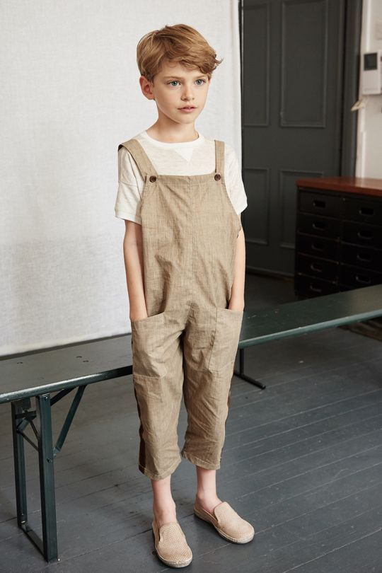 Caramel is a British company that offers luxury childrenswear, womenswear and homewares. Everything you'll find is perfection - down to the smallest detail.