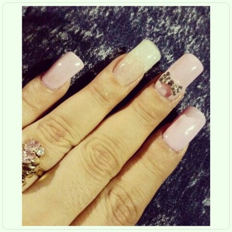 Birthday nails #Nails #NailPorn #PrettyNails #Pink # Glitter #AcrylicNails