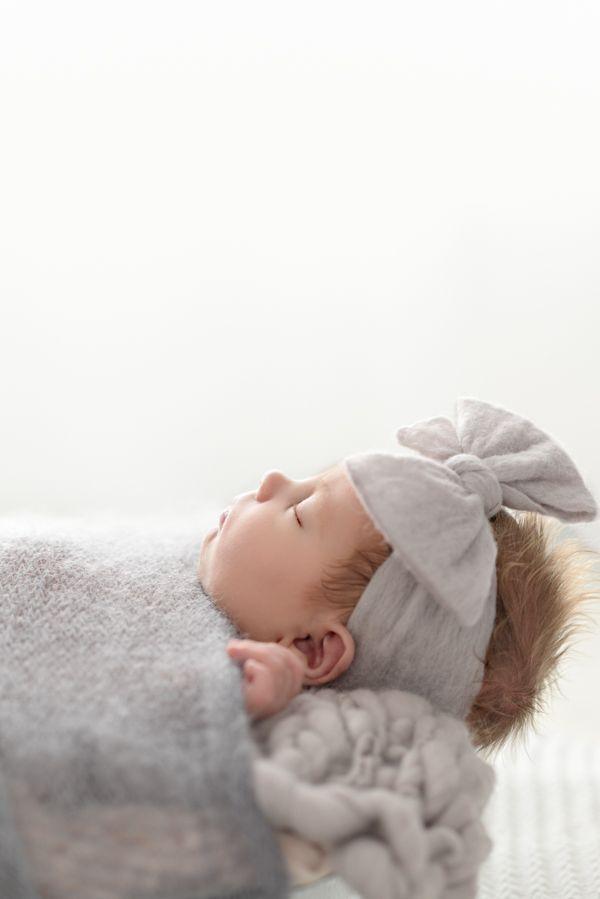 1408reese robinson165 edit newborn baby rutah modern baby photographer st george photography studio