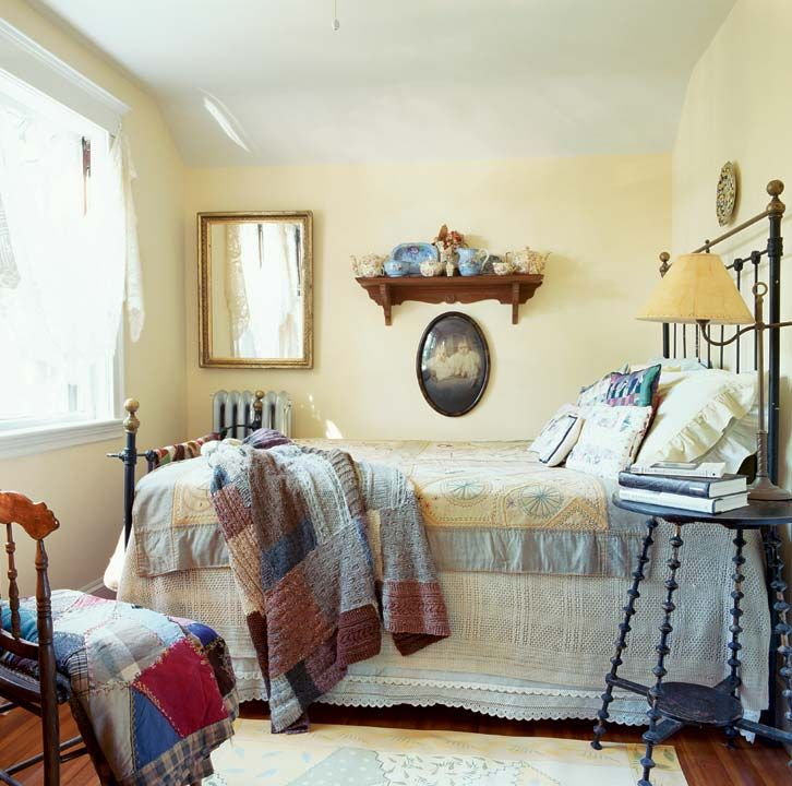 33 Sweet Shabby Chic Bedroom Décor Ideas: A Sweet & Simple Cottage Bungalow