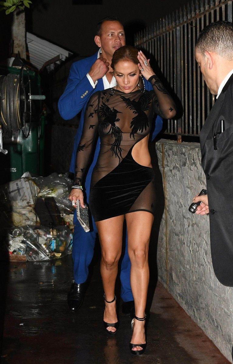 15ba6700a7c Jennifer Lopez  pic  952519