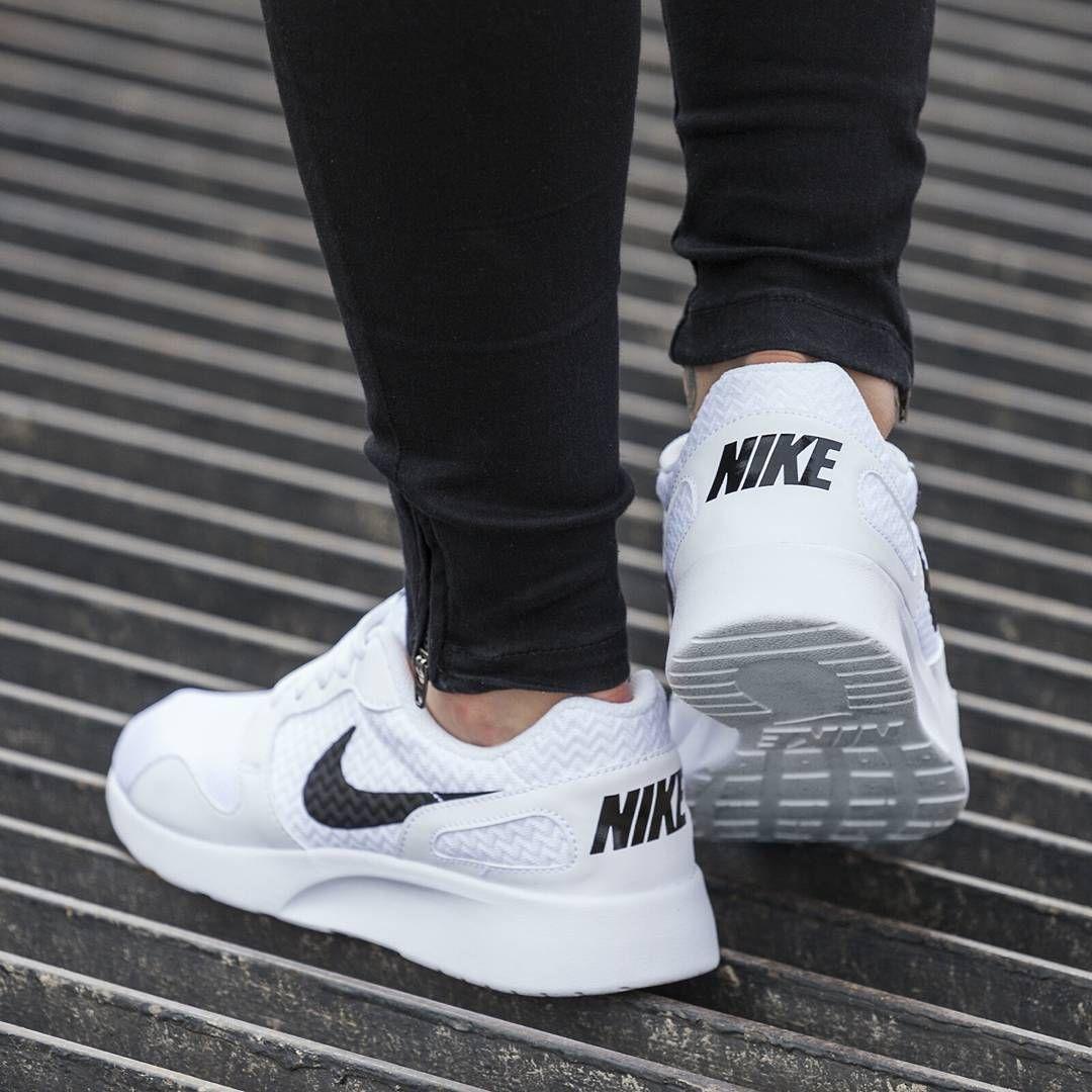Nike Wmns Kaishi 103 White Link Do Strony Znajdziecie W Naszym Bio New Newcollection Nike Nikekicks Kicks Air Max Sneakers Sneakers Nike Nike Air Max