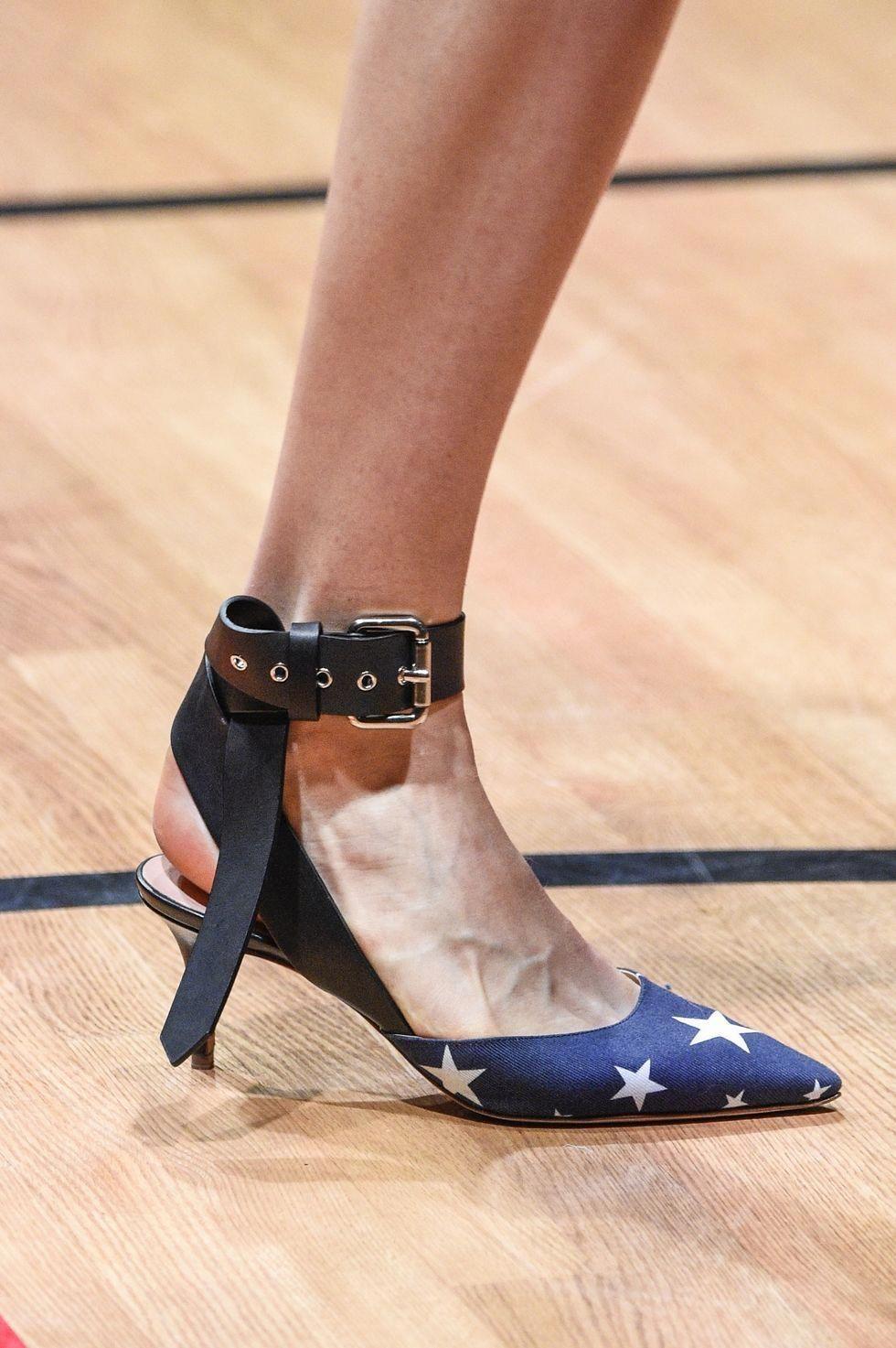 Women Shoes Near Me Code