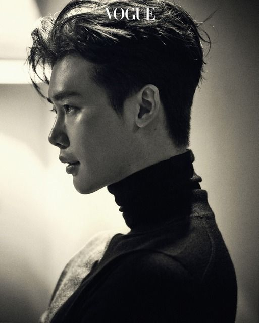 Lee Jong Suk appears in the September issue of Vogue and talks about