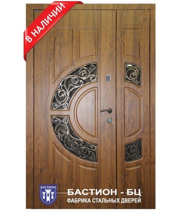 купить входную дверь деревянную в частный