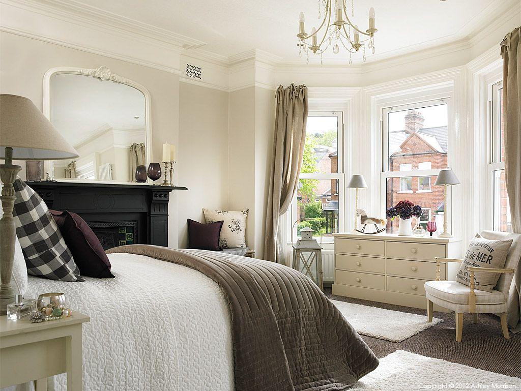 Bedroom in a three storey semidetached villa in Belfast by Marie